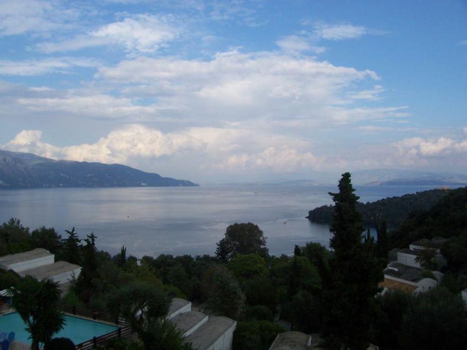 Ausblick  Grecotel Daphnila Bay Dassia