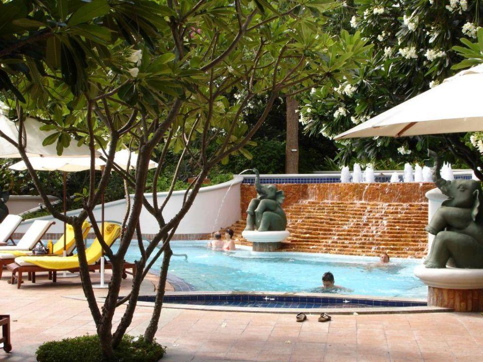 Pool Centara Grand Beach Resort & Villas Hua Hin