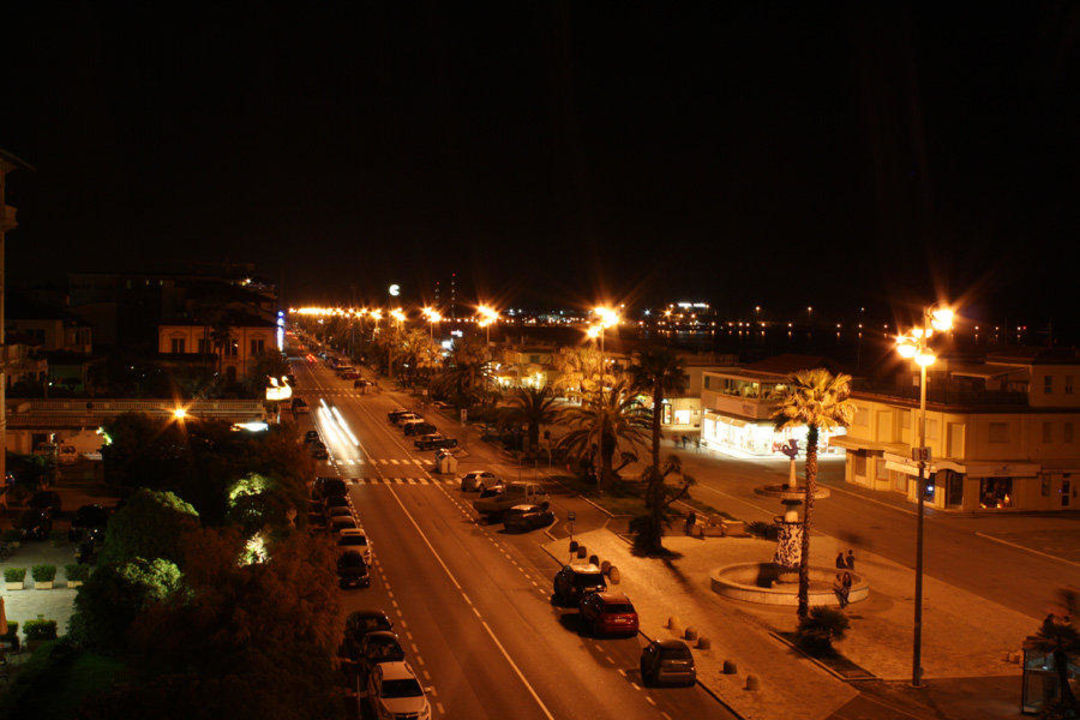 Ausblick am Abend Hotel Villa Tina
