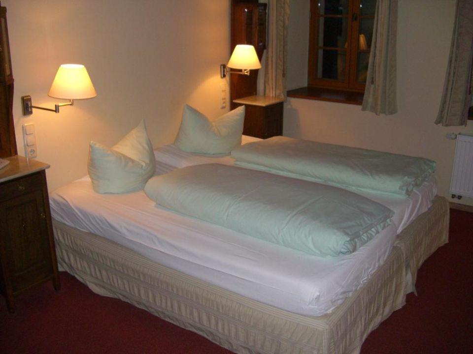 Zimmer im linken Haus  Hotel und Gasthof Dreibeiniger Hund