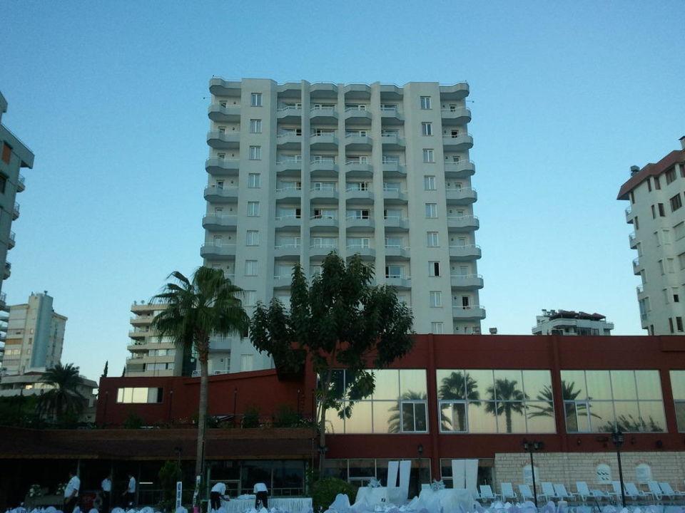 Außenansicht Hotel Adonis
