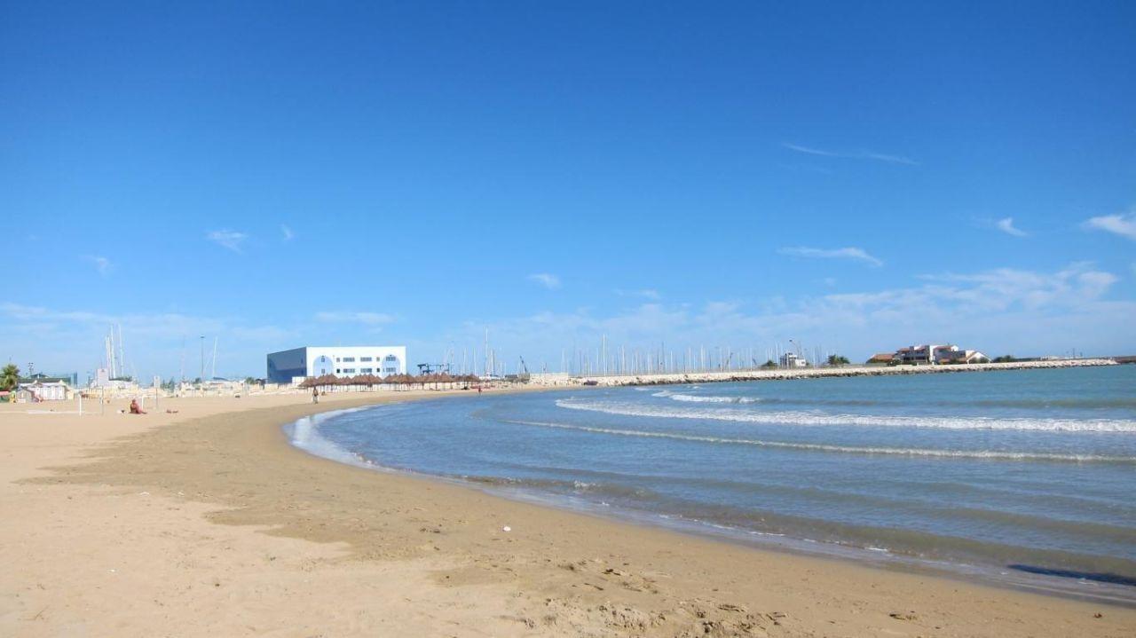 Pescara Strand der öffentliche strand beim hotel hotel regent pescara