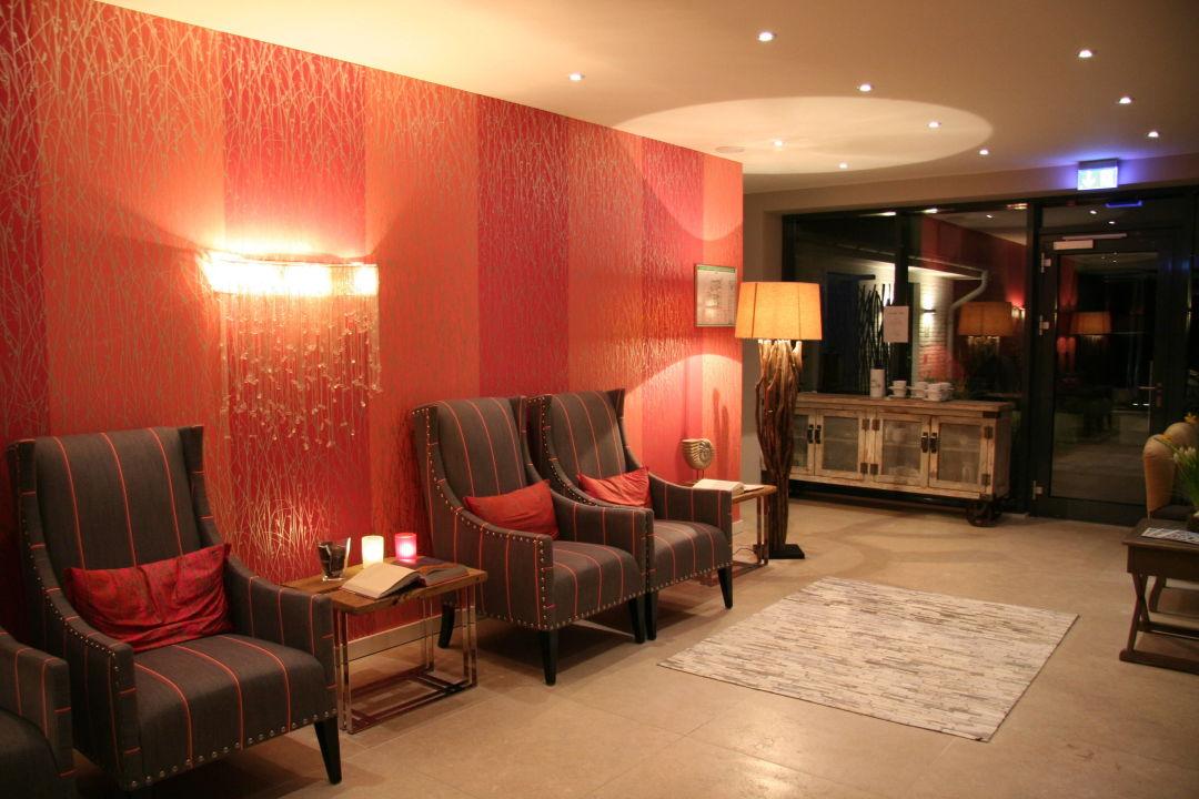 eingangsbereich lobby apartmenthotel am leuchtturm h rnum sylt holidaycheck schleswig. Black Bedroom Furniture Sets. Home Design Ideas
