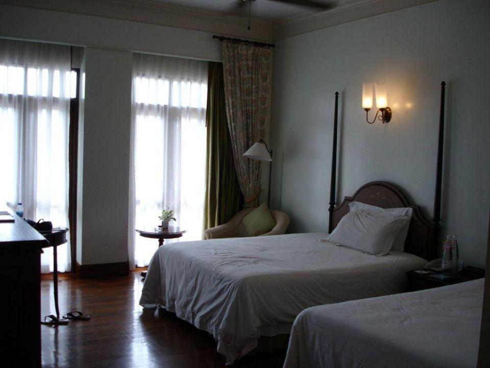Betten vom Deluxe Zimmer Centara Grand Beach Resort & Villas Hua Hin