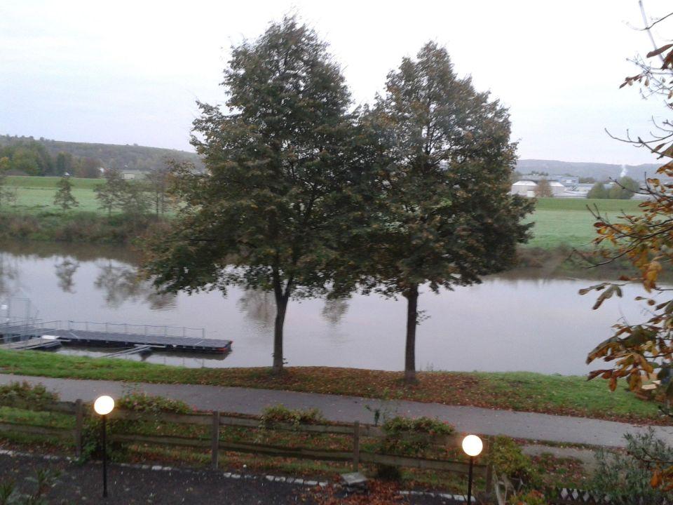 Flussblick Aus Zimmer 3 Hotel Hallescher Anger Naumburg Saale