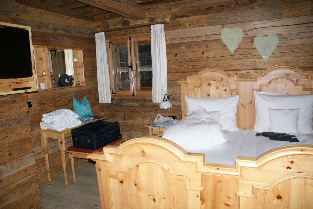 Schlafzimmer Bergdorf Hüttenhof   Luxus Chalets