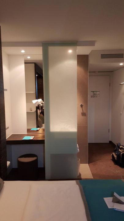 Bild doppelzimmer zu motel one frankfurt airport in for Motel one zimmer bilder
