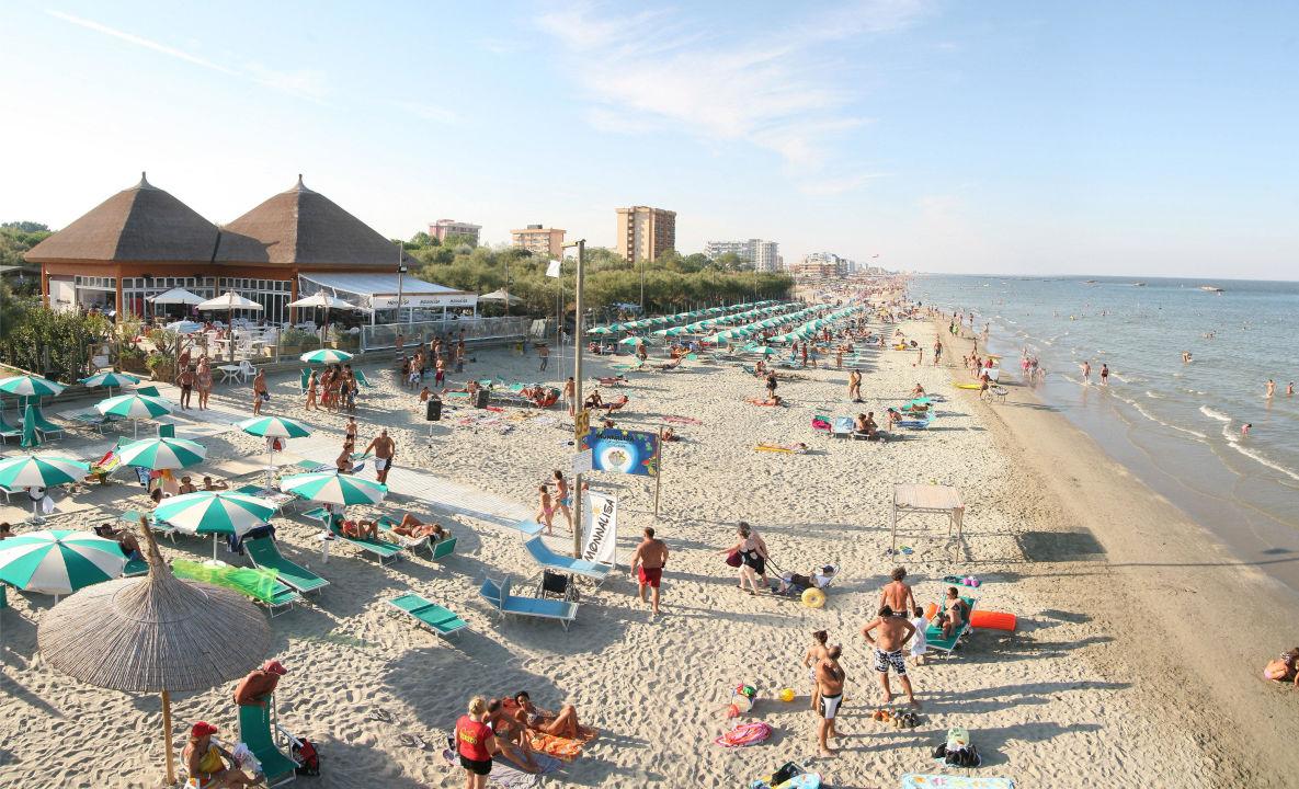 Matrimonio Spiaggia Emilia Romagna : Quot holiday village florenz lido