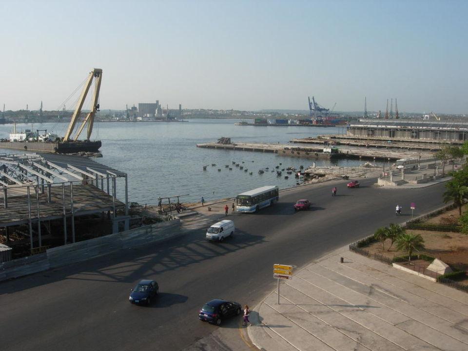 Unser Blick vom Balkon Hotel Armadores de Santander