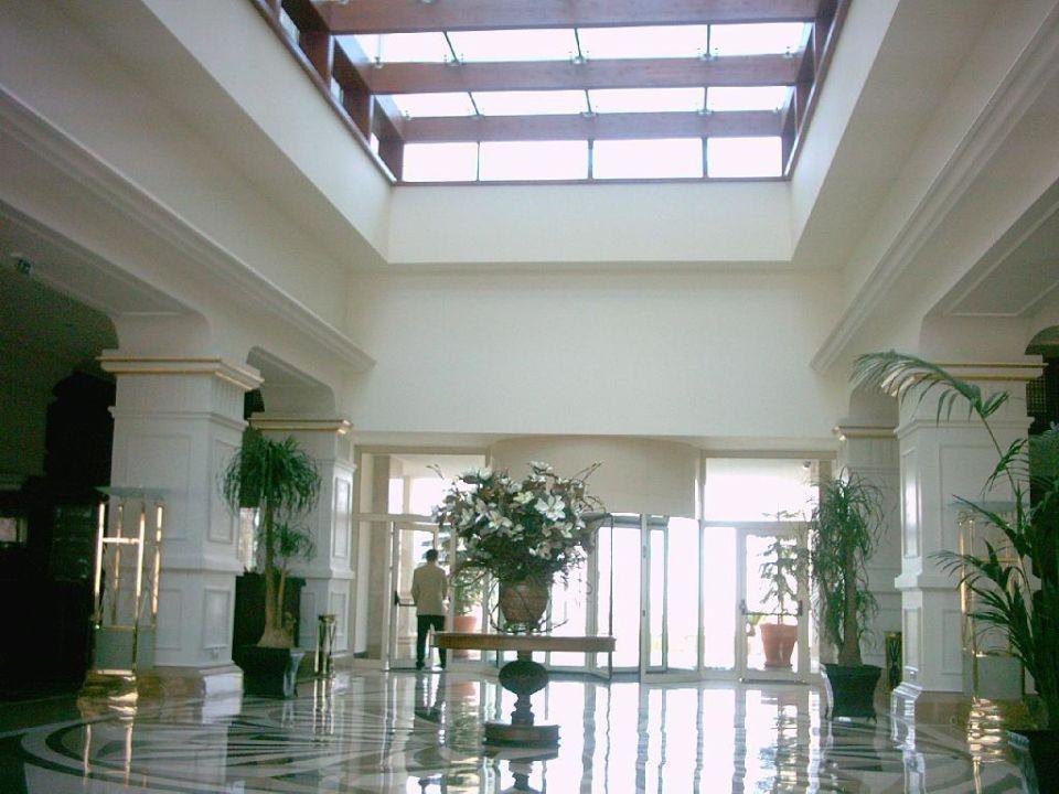 Eingang Hotel Delphin Diva