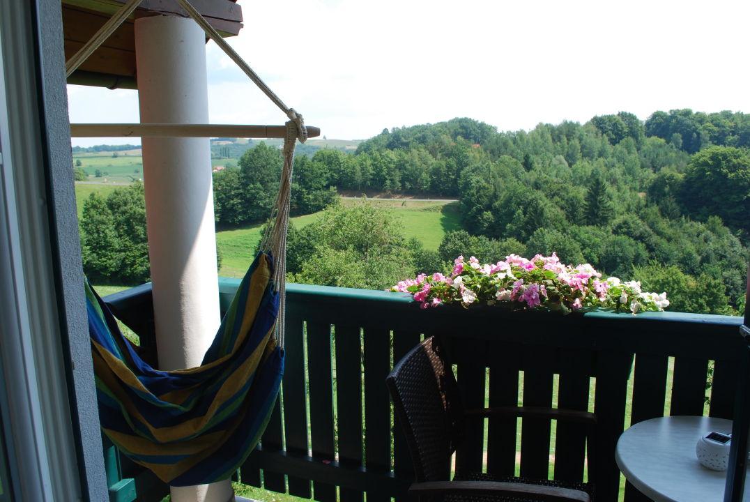 Hängesessel Am Balkon Mit Traumausblick Birkenhof Loipersdorf