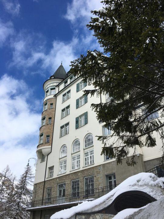 Außenansicht Hotel Waldhaus