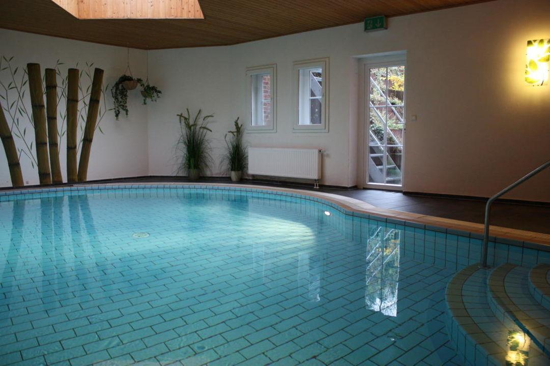 Schwimmbad hotel worpsweder tor in worpswede for Schwimmbad gegenstromanlage