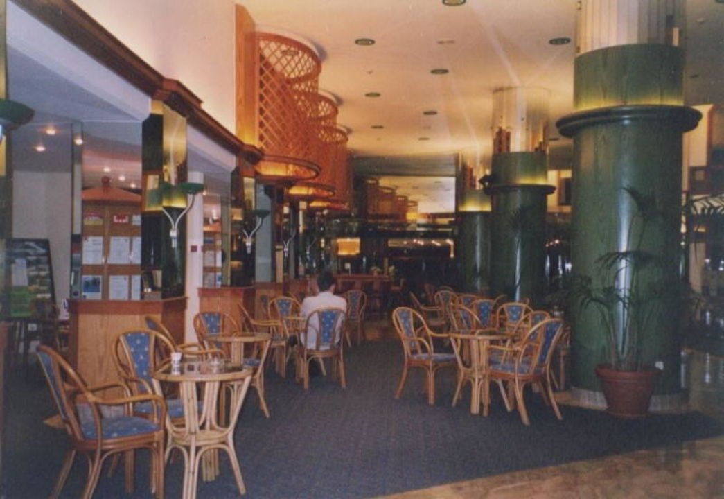 Hotellobby Corallium Beach by Lopesan Hotels - Adults only