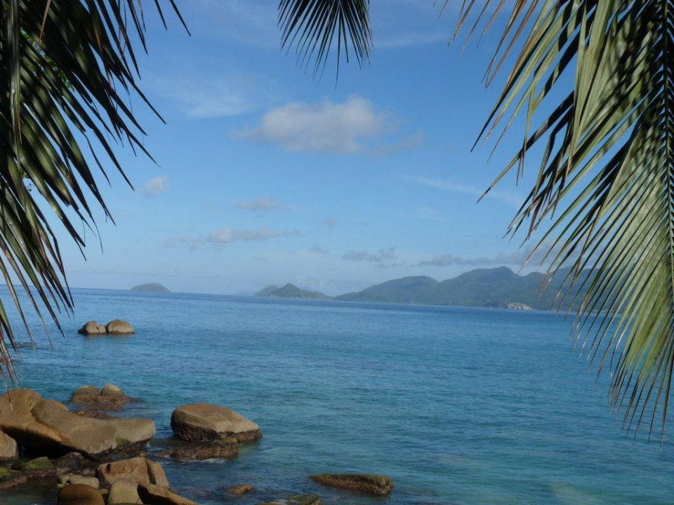 Blick von der Terrasse Hotel Beachcomber Anse Soleil