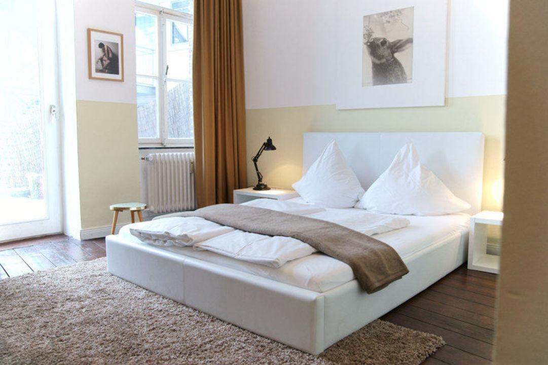 wei es zimmer hotel marsil in k ln holidaycheck. Black Bedroom Furniture Sets. Home Design Ideas