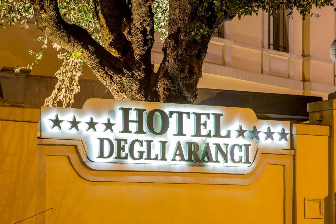 Außenansicht Hotel Degli Aranci