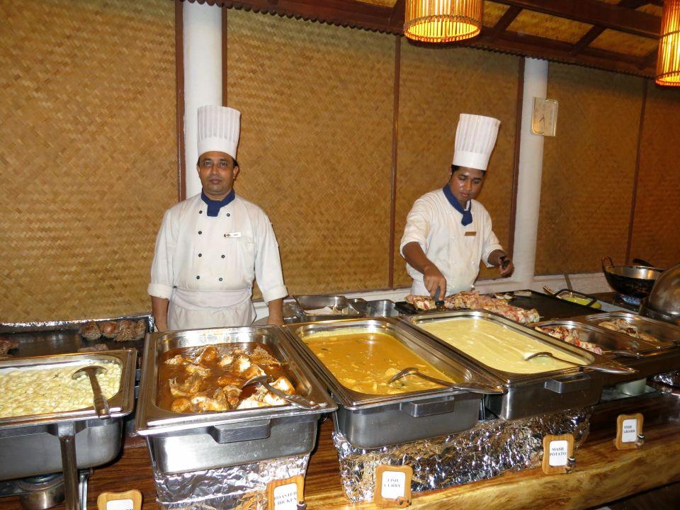 Abendbuffet Hotel Angaga Island Resort