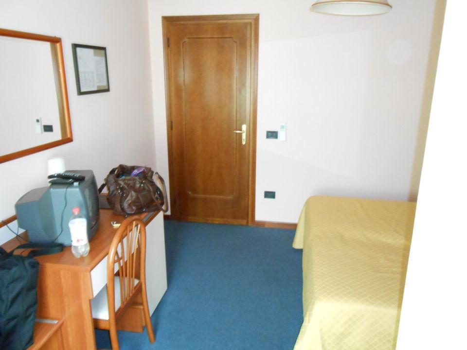 Zimmeransicht  Hotel Cortina