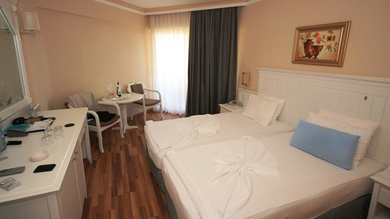 Zimmer Hotel Terrace Beach Resort