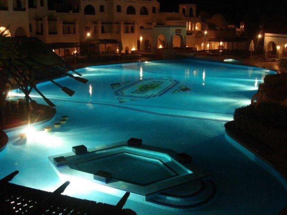 Nachts am Pool Arabella Azur Resort