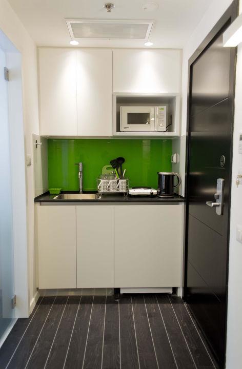 Kitchenette 130 Rock Apartments