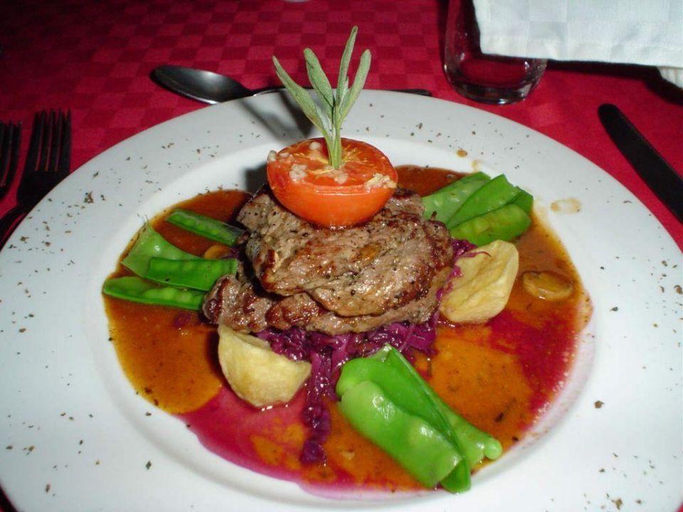 Essen 1 Hotel Olonana Safari Camp