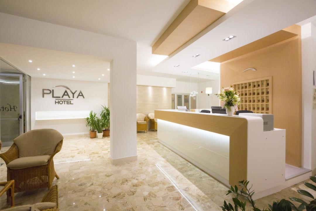 Hall 1 Hotel Playa