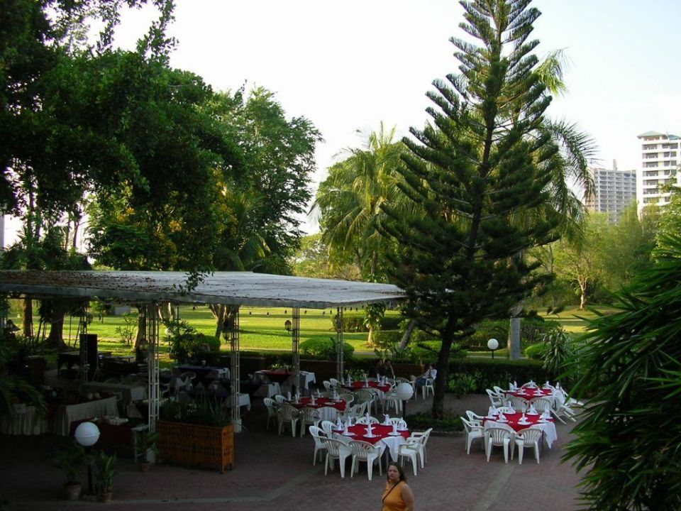 Restaurantterrasse Hotel Beach Cha Am