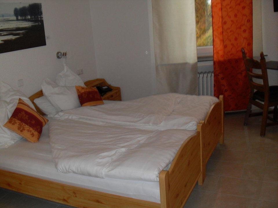 Zimmer Hotel Art Inn Dinslaken