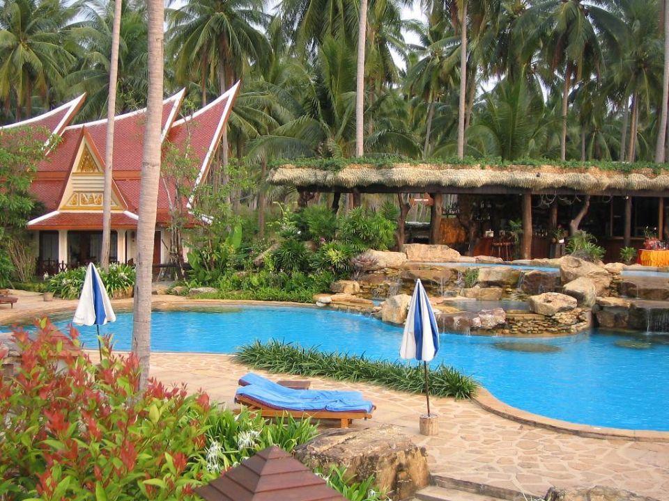 "Poollandschaft ""Rocky-Bar"" Bungalow Santhiya Tree Koh Chang Resort"