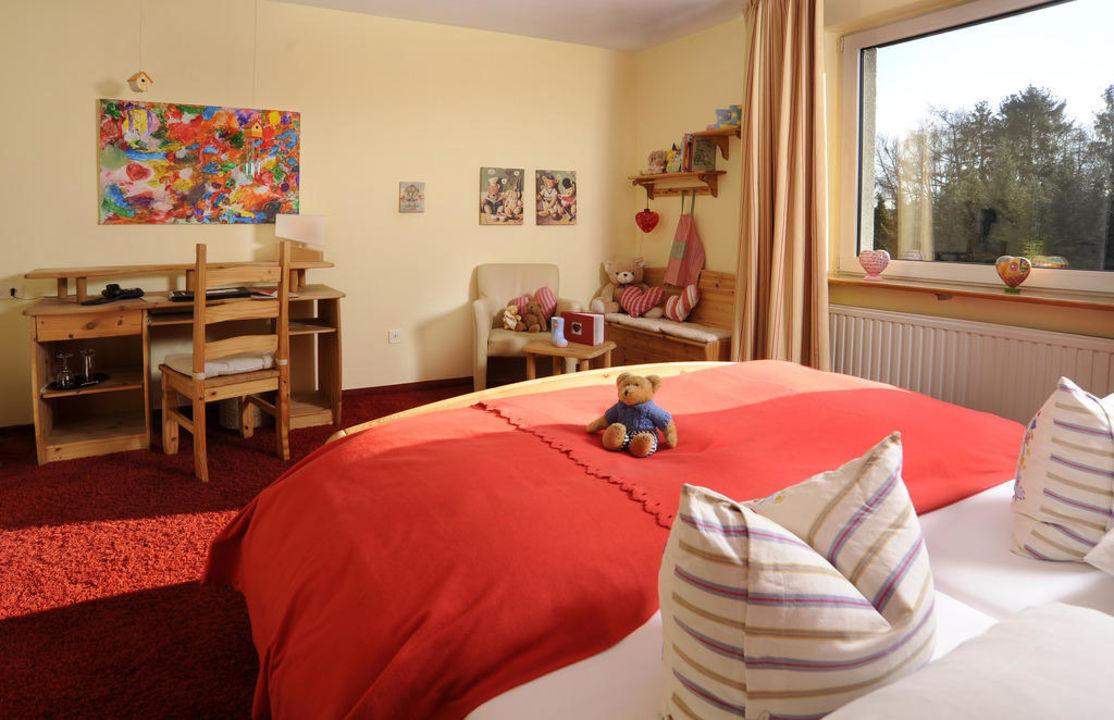 kinderherz zimmer unser soziales projekt hotel viva creativo hannover holidaycheck. Black Bedroom Furniture Sets. Home Design Ideas