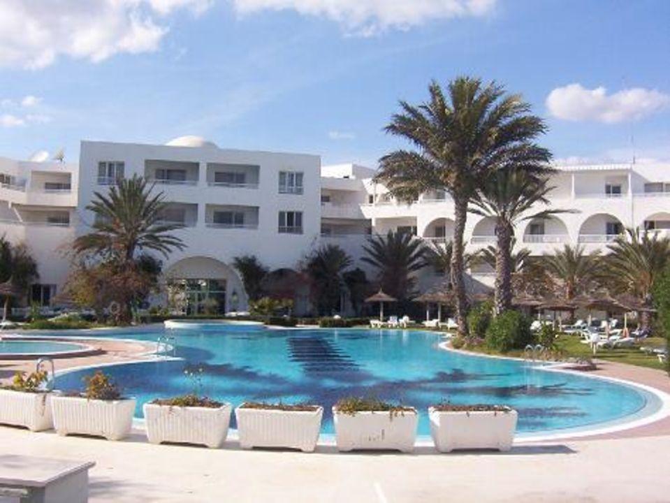 Hotel Bahia Beach - Poolanlage Daphne Bahia Beach