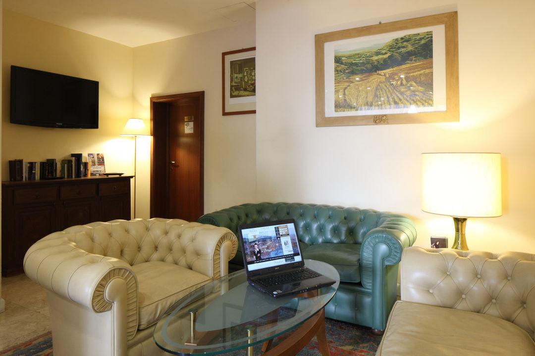 Angolo TV Nuovo Hotel Del Porto