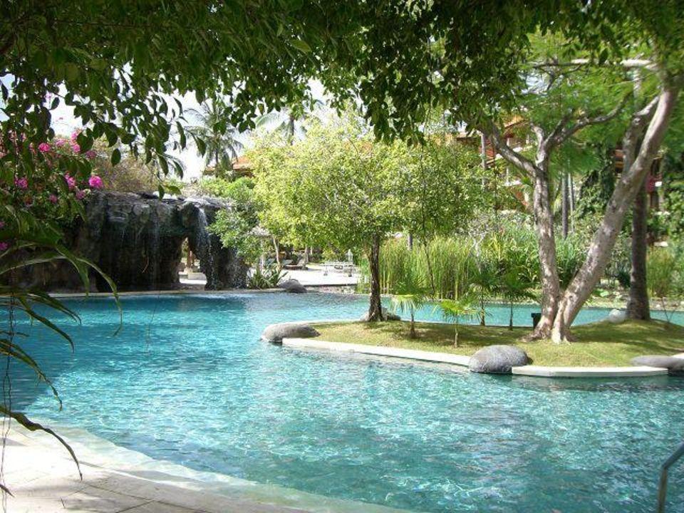 Teil der Poollandschaft The Westin Resort Nusa Dua, Bali