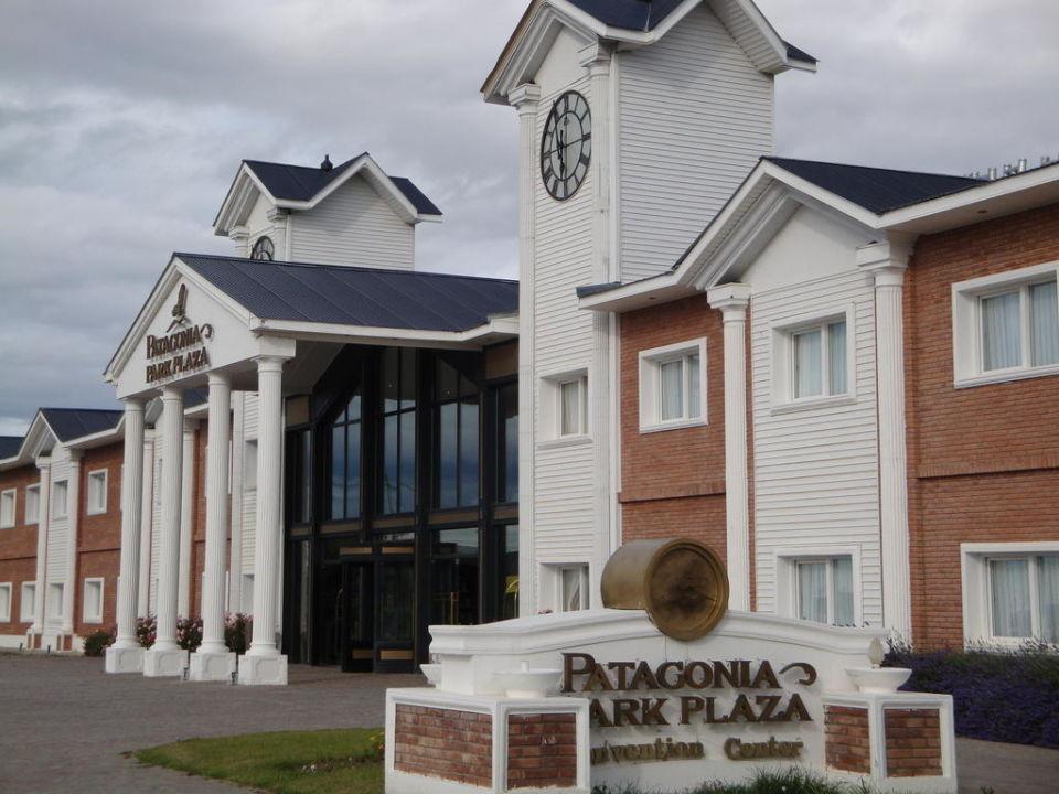 Vordere Fassade des Hotels Hotel Unique Luxury Patagonia