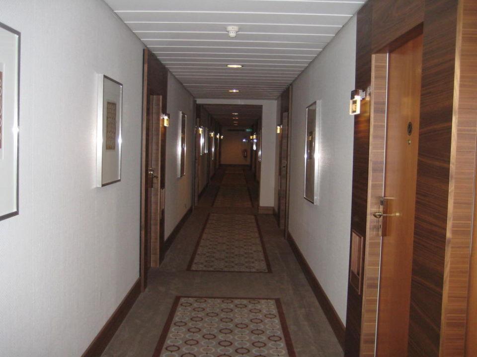 Hotel Flur Golden Tulip Berlin - Hotel Hamburg
