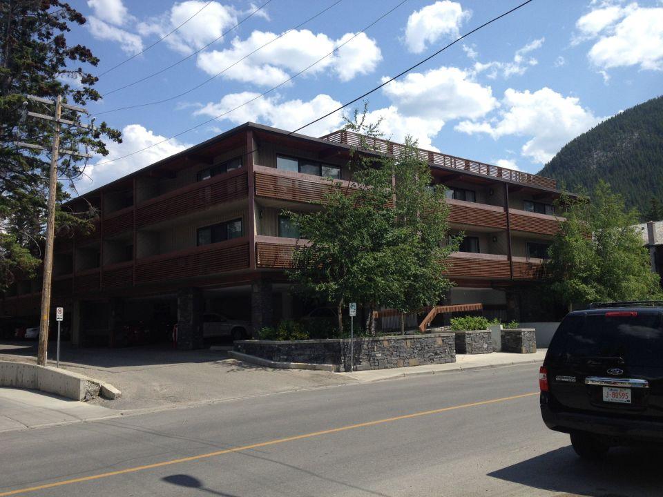 Frontansicht Hotel Banff Aspen Lodge In Banff