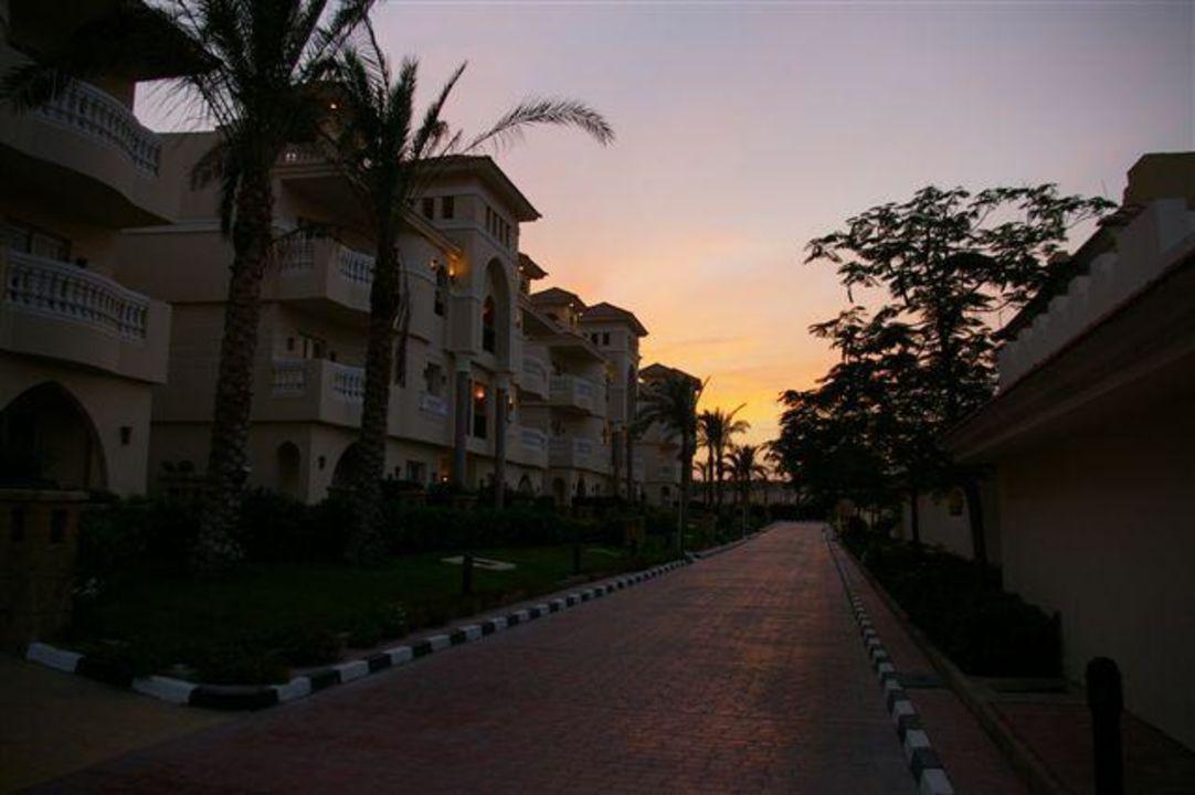 Strand Hotel Tropicana Azure Club