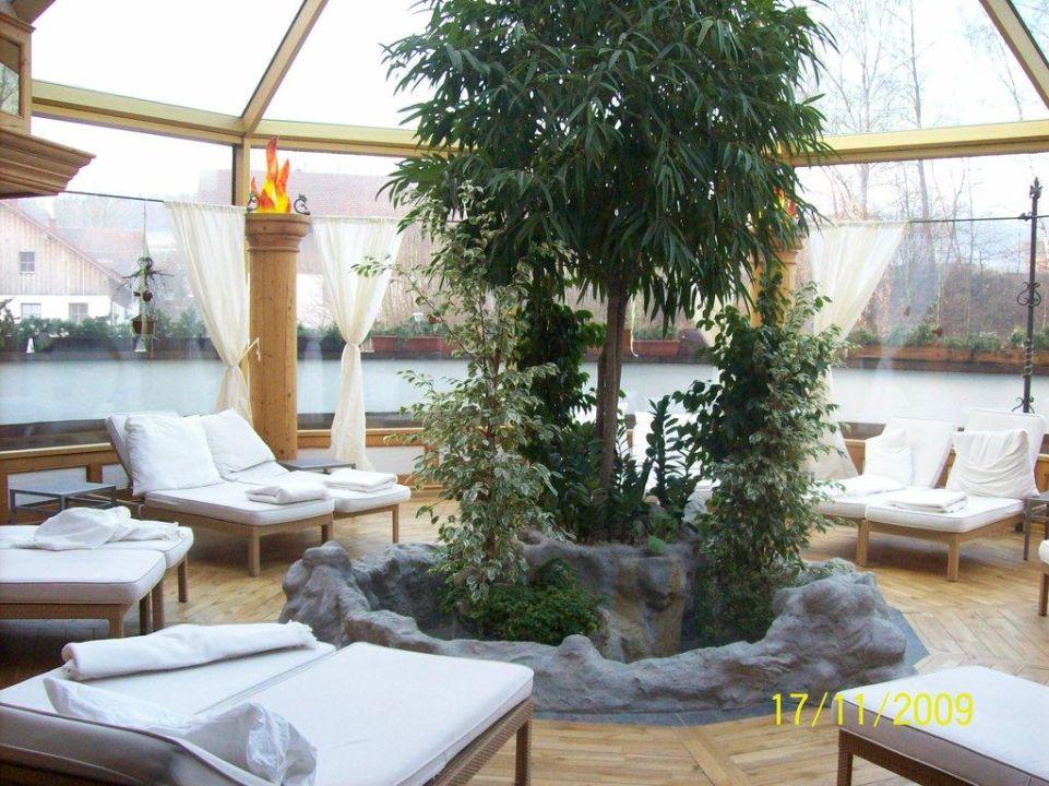 Ruheraum mit freier Sicht Wellness & Golf Resort Bayerischer Hof