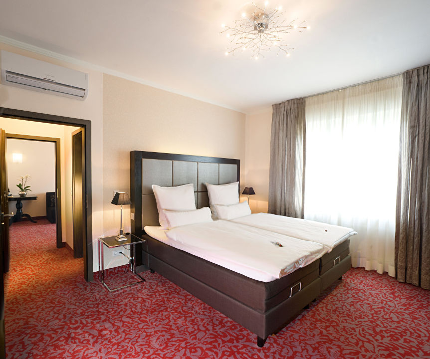 Schlafzimmer Der Suite 336 Top Hotel Kramer Koblenz