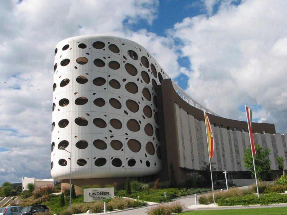 Seepark Fassade  Seepark Hotel - Congress & Spa