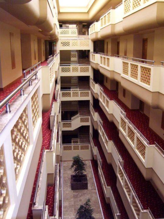 Etagenschlauch Hotel Royal Dragon