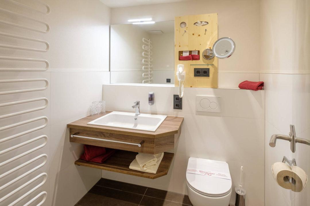 Bild dz linkerskopf style zu hotel birgsauer hof in for Badezimmer style