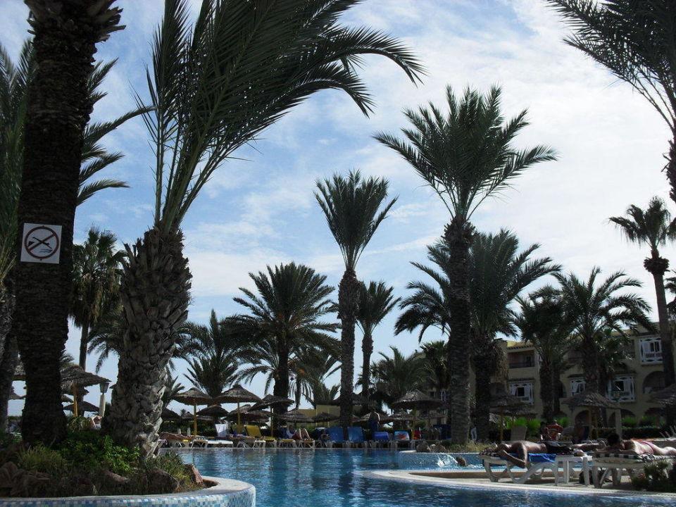 Allée Hotel Houda Golf & Beach Club