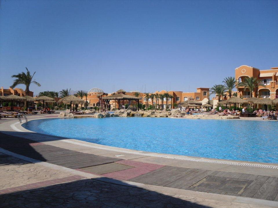 Riesige Poolanlage Caribbean World Resorts Soma Bay