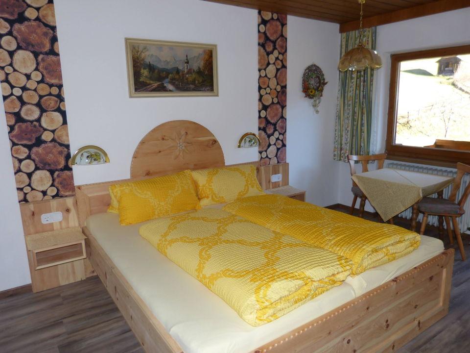 Neu Renoviertes Zimmer Mit Zirbenbett Alpengasthof Bärenbad