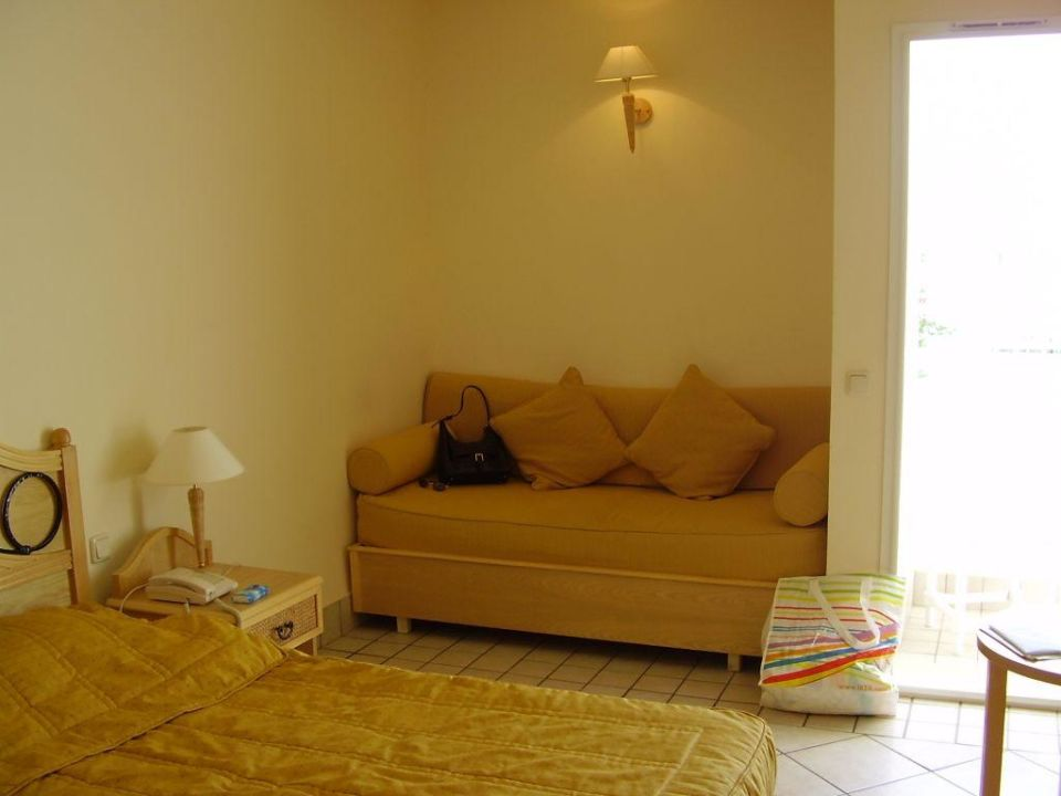 Sitzecke und Bett Hotel Jasmina Playa