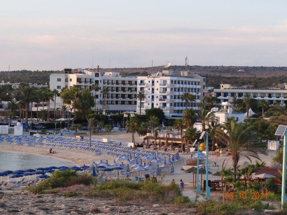 Lobby Anonymous Beach Hotel