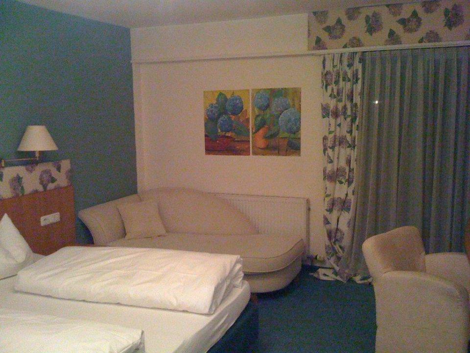 Etwas verwohntes Zimmer Art Hotel Pfeffermühle